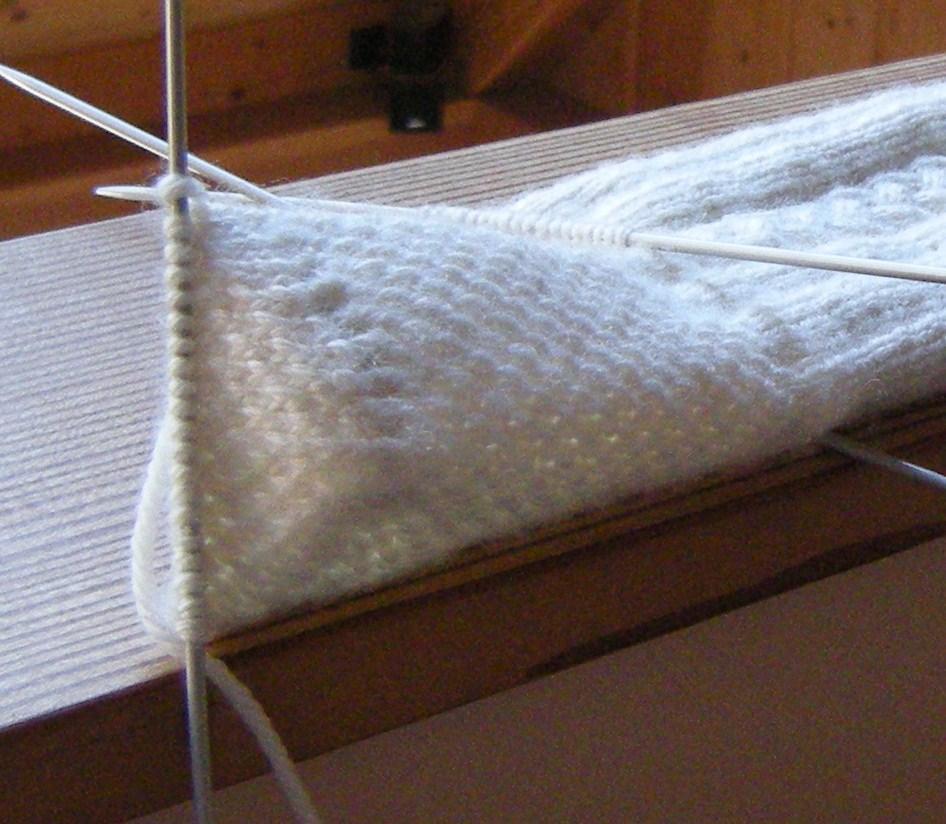 Knitting Stitches Eye Of Partridge : knitting kilt socks Yarnings