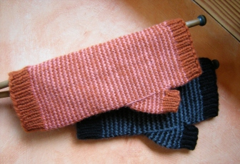 jenjoycedesign©large-fingerless-mitts
