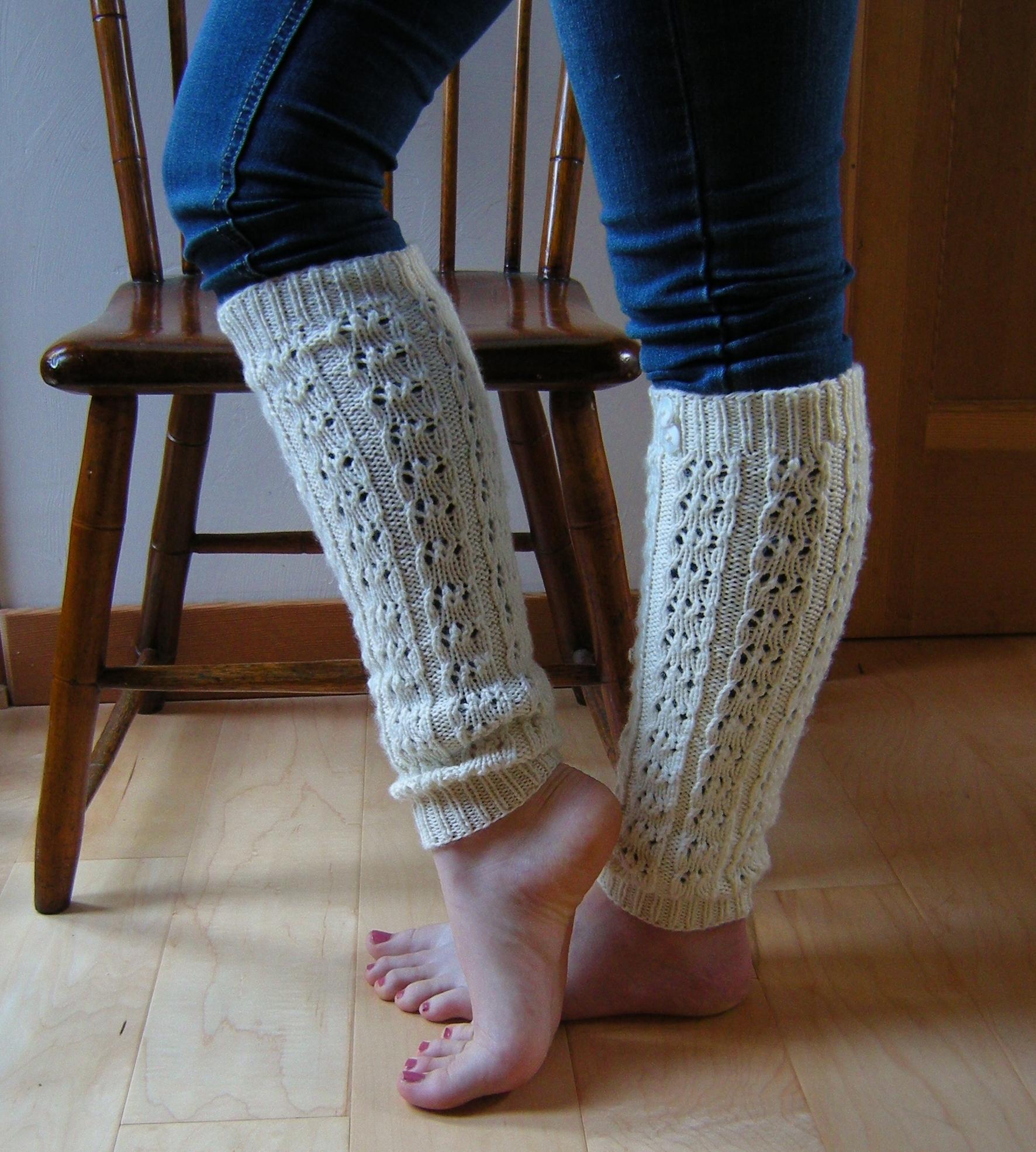 Knitting Pattern Leg Warmers Straight Needles : Double Cappuccino & Ruffles Yarnings