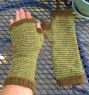 Brookfarm mitts 1