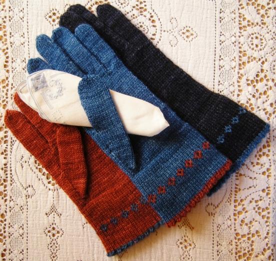 jenjoycedesign©Pretty-Little-Things-Gloves