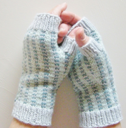 jenjoycedesign©Tartan & Tweed half-mitts