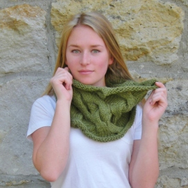 jenjoycedesign©Altitude Cowl cover