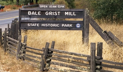 08_bale-grist-mill-sign