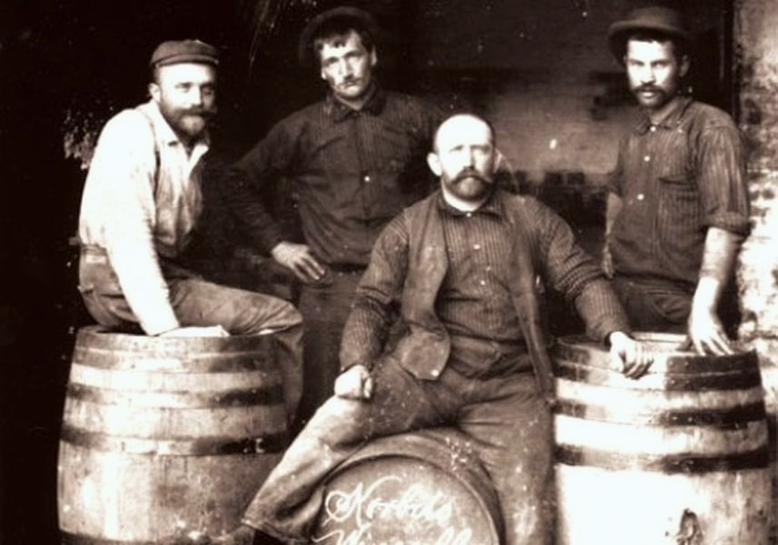 wine-makers-4