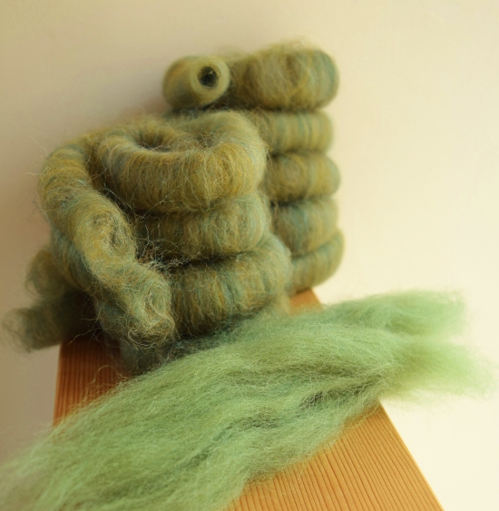 jenjoycedesign© carded mix with original olive roving