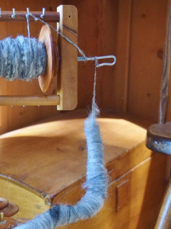 jenjoycedesign© spinning alpaca rolags 2