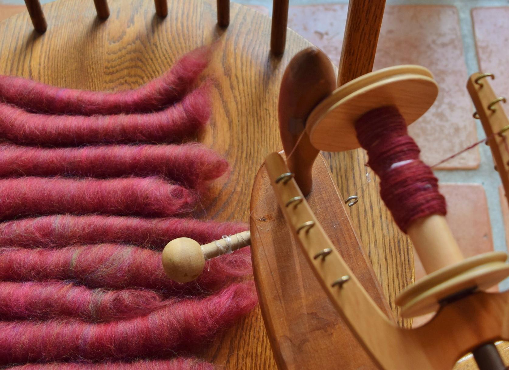 jenjoycedesign© red clover spinning