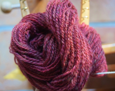 jenjoycedesign© red clover spun 2