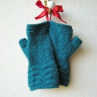 jenjoycedesignaltitude_mitts___ridges_medium2