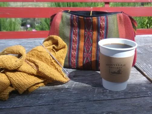 jenjoycedesign© knitting-at-oakville-grocery