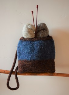 jenjoycedesign© a favorite knitting bag