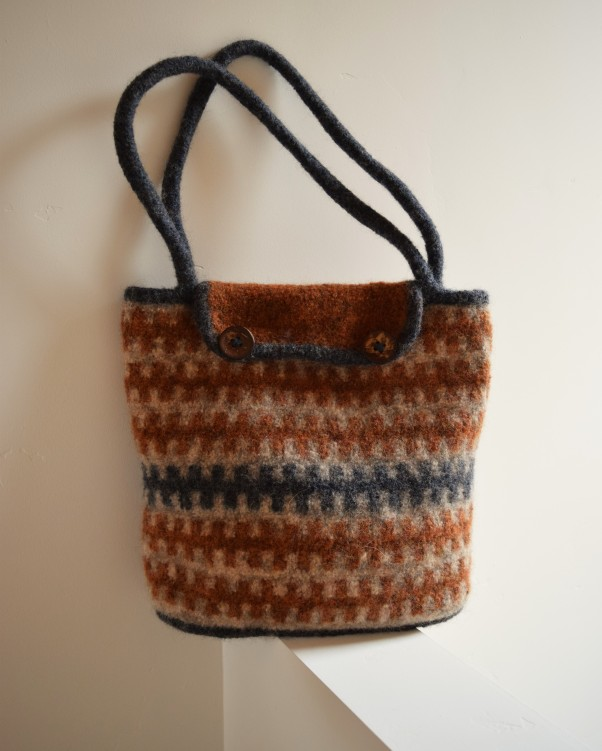 jenjoycedesign© after felting bag