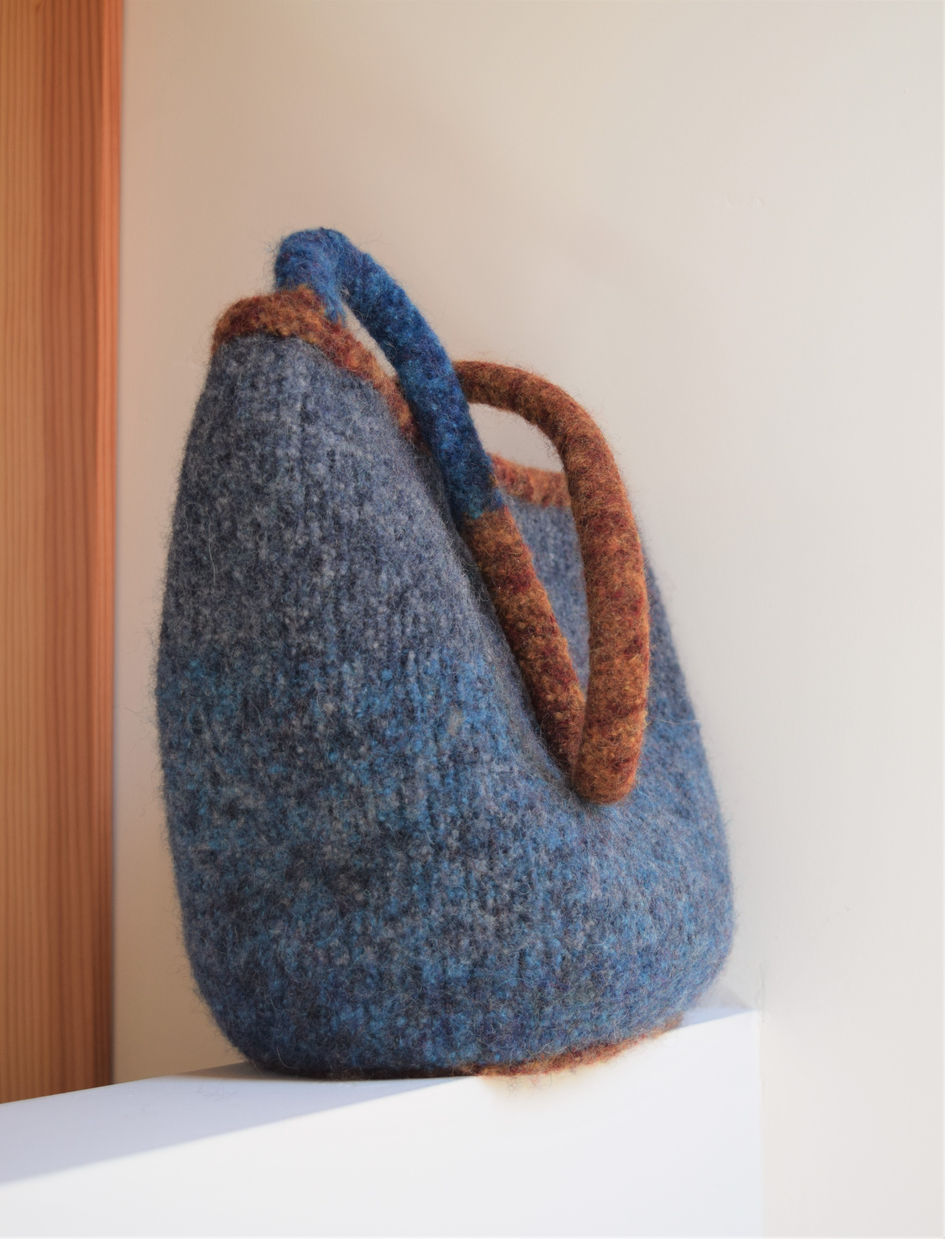 jenjoycedesign© felted Maiya'kma large bag 3